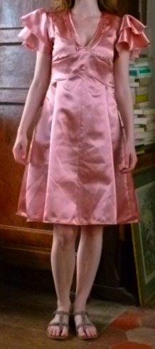 La robe Harmonie dans Couture Robe-rose-satinée
