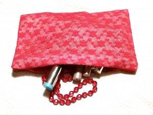 pochette-tulle-rouge-chez-louiser-300x225 dans Couture