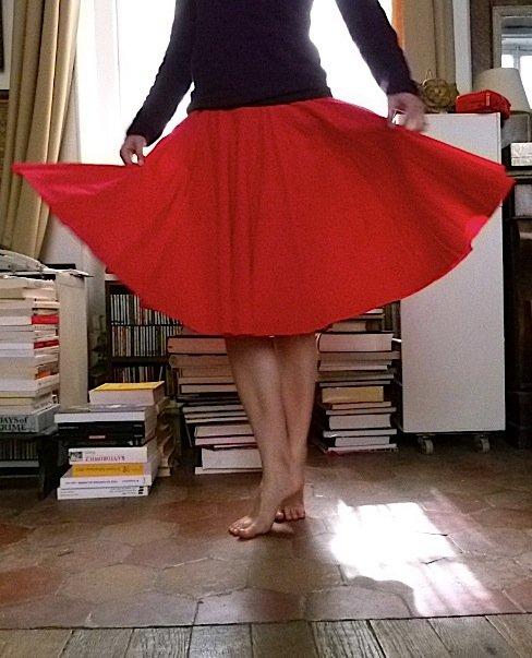 jupe-rouge-pabailar-1-chez-louise bailar dans Couture
