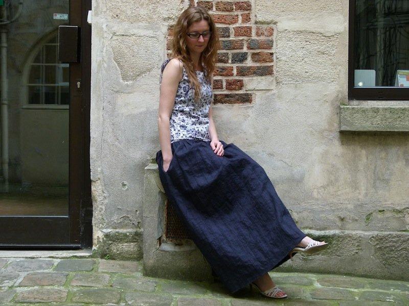 jupe-longue-bleue-marine-chez-louise-3