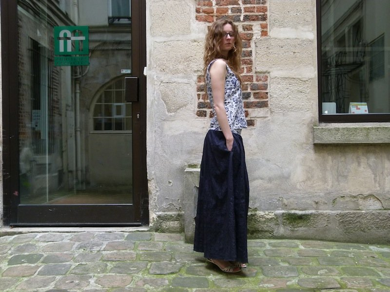 jupe-longue-bleue-marine-chez-louise-4