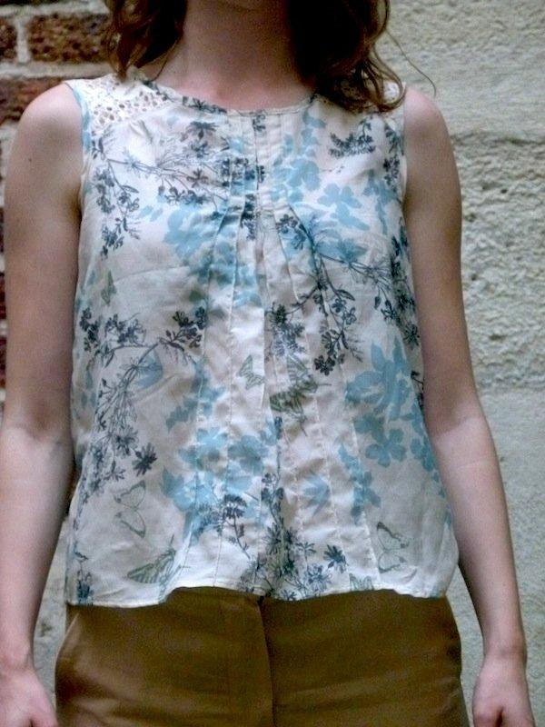 haut-fleuri-chez-louise-1 dans Couture