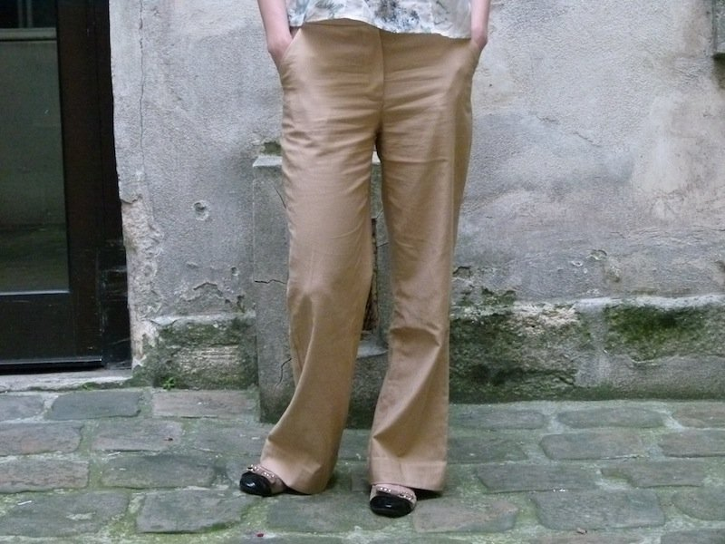 Down! (what a surprise) dans Couture pantalon-beige-chez-louise-devant