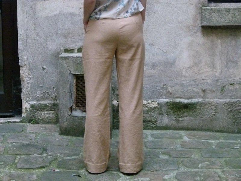 pantalon-beige-chez-louise-dos dans Couture